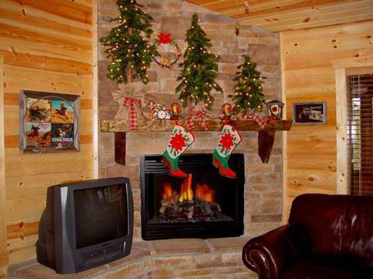 Christmas Themed Cabin