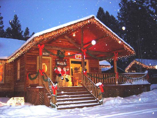 You Will Never Have A Blue Christmas In Branson Cabin