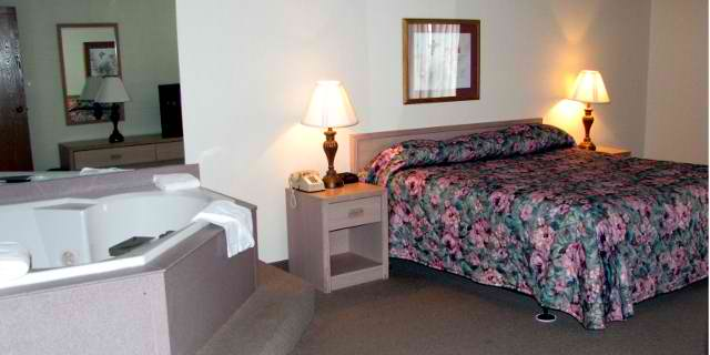 Love and romance is in the air of the jacuzzi branson suite for 2 bedroom suites in branson mo