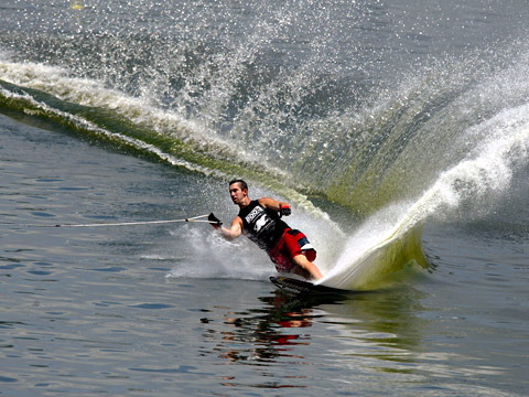 Water Skiing Picture